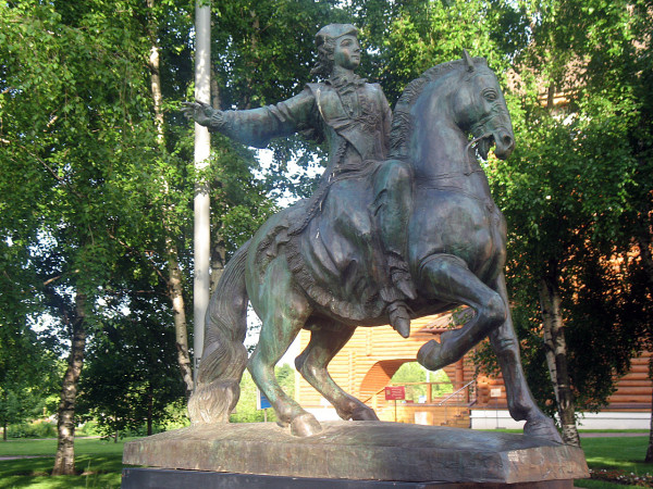 Мини-скульптура Елизавете Петровне