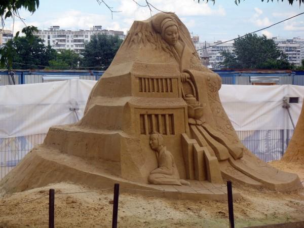 Песочные скульптуры в Коломенском. Япония