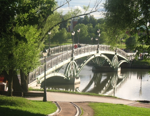 Мост через царицынский пруд