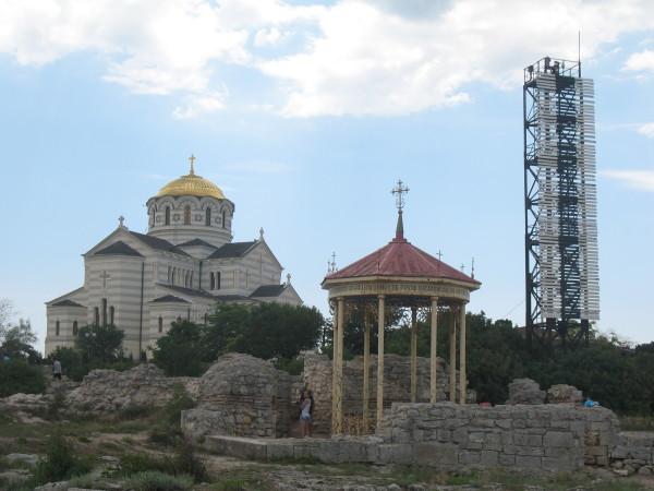 Владимирский собор и купальня в Херсонесе