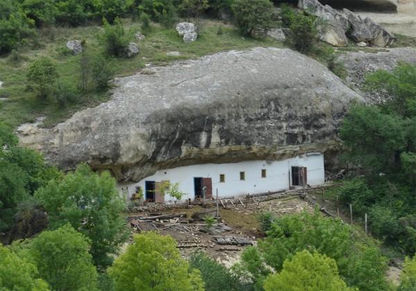 Хозяйственные постройки Успенского монастыря в Бахчисарае