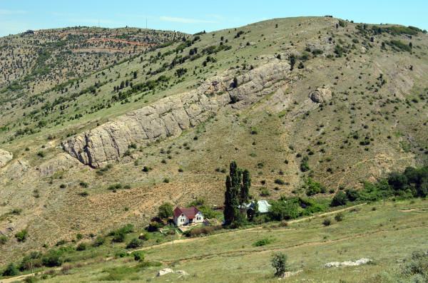 Горы и холмы в Балаклаве