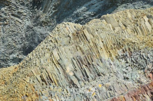 Скальные породы в Фиоленте