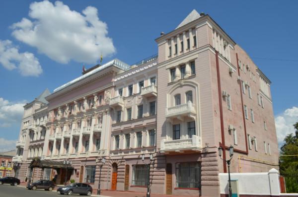 Здание мэрии в Оренбурге