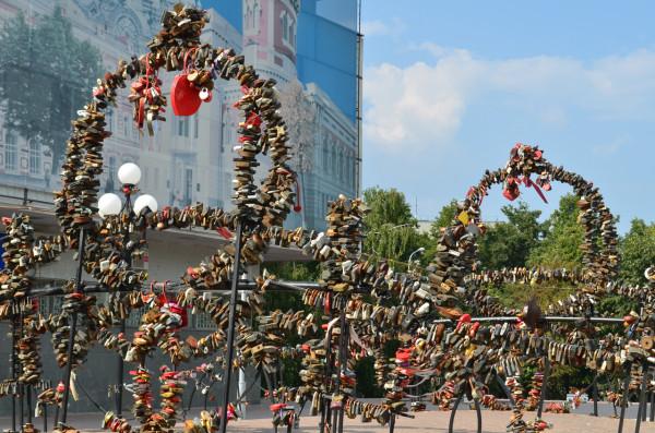 Замки молодоженов в Ульяновске