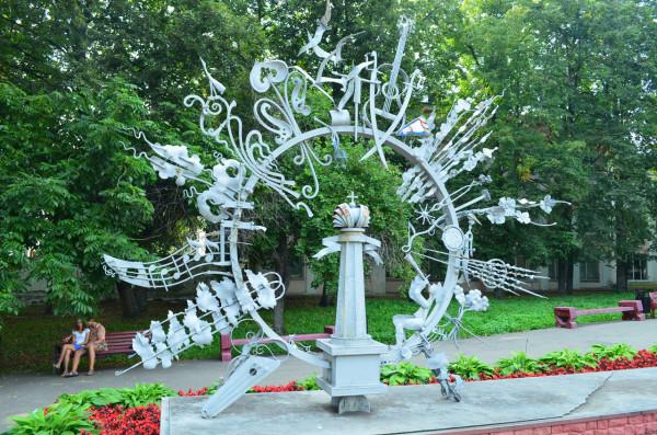 Необычный памятник в Ульяновске