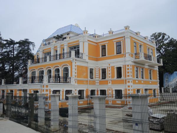 Восстановленная дача основателя парка Ривьера в Сочи - Хлудова В.А.