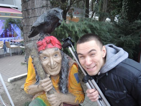 Баба Яга в парке Ривьера в Сочи