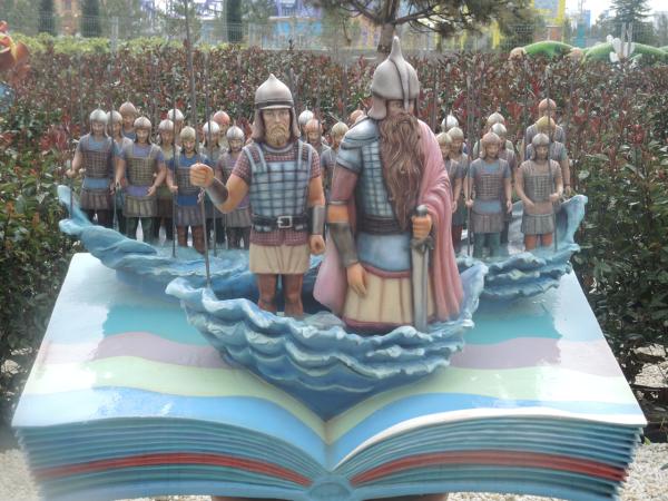 33 богатыря и Черномор в сказочном Сочи-парке в Адлере