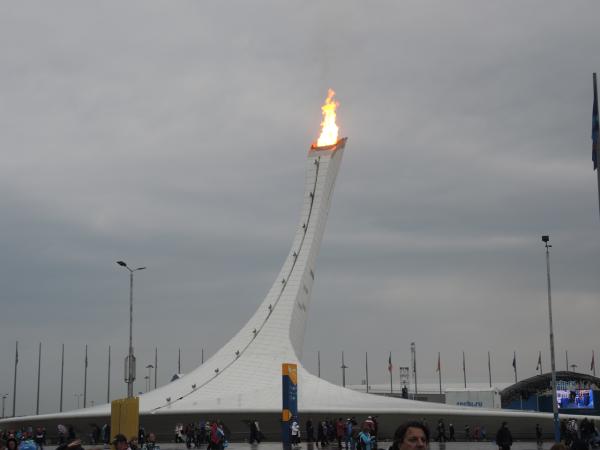 Олимпийский факел Сочи-2014 в Олимпийском парке