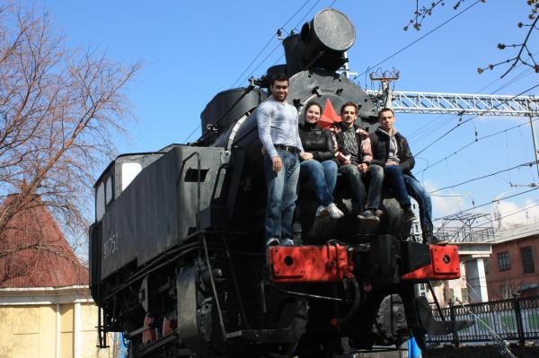 Памятник паровозу П9-752 в Перми