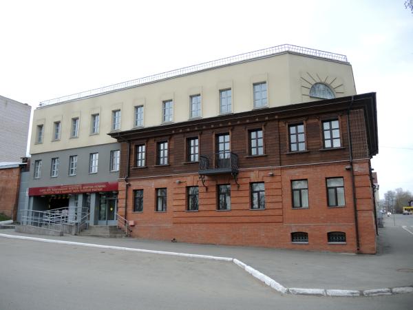 Дом интересной архитектуры в Ижевске