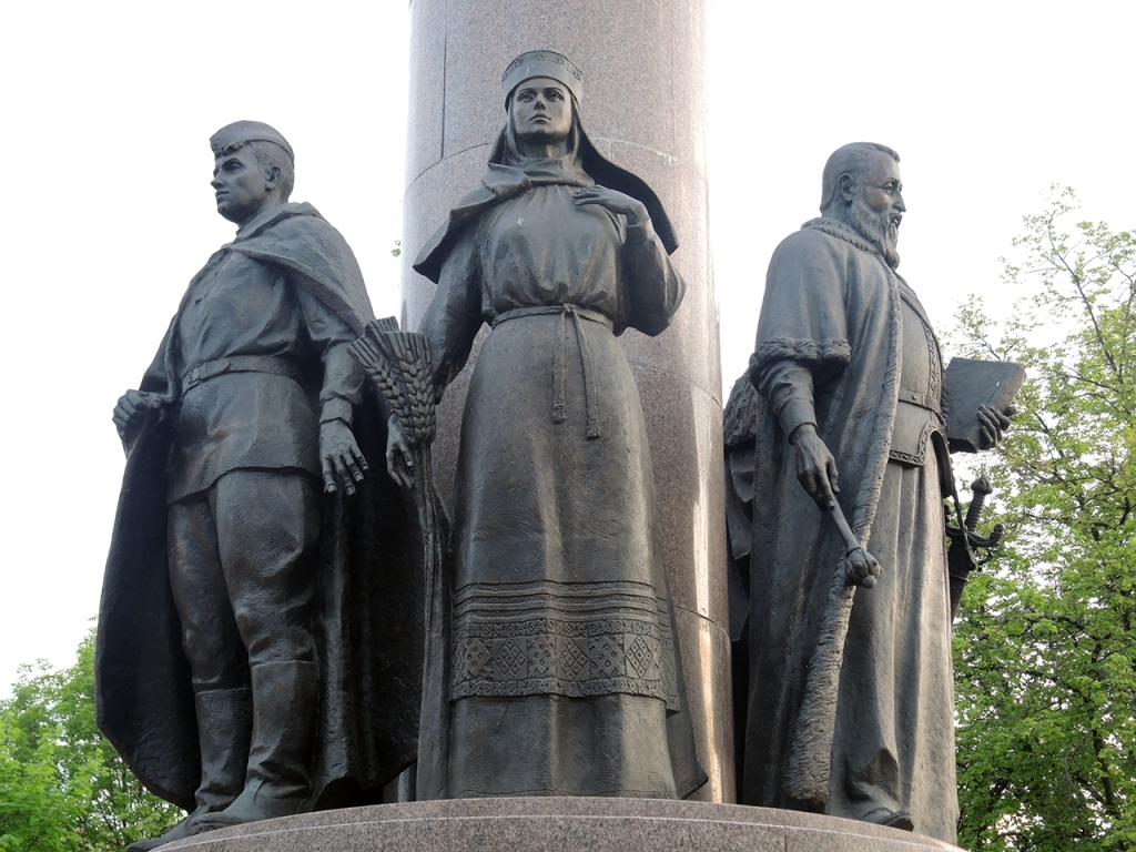 Памятник тысячелетию Бреста
