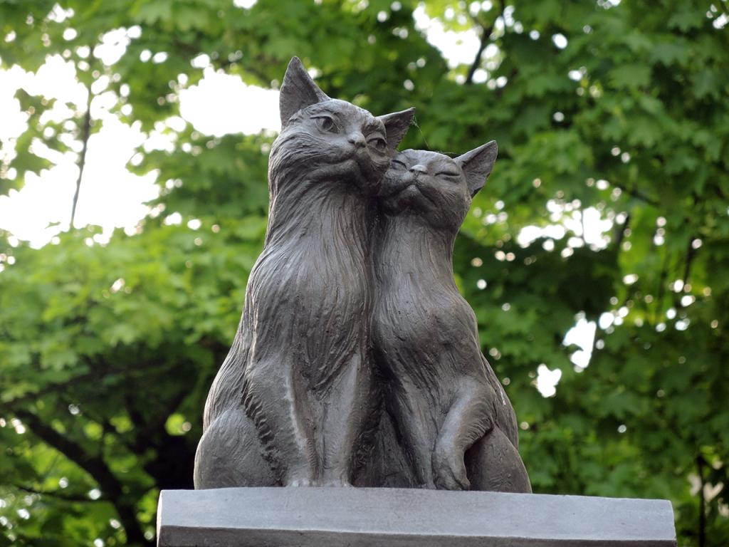Скульптура Кошкин дом